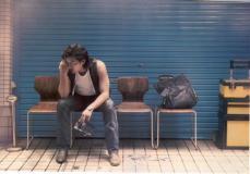 组图:玄彬日本原宿街头写真蓄须随意略显颓废