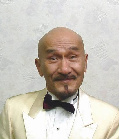 中国光头男明星素颜对比照片