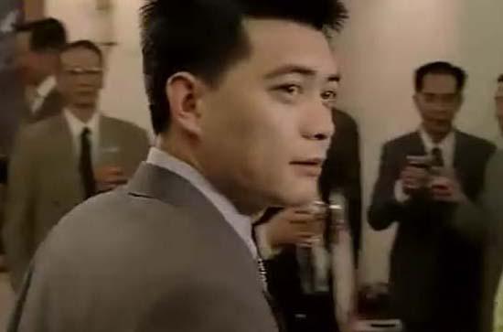 资料图片:电视剧《英雄无悔》精彩剧照(9)