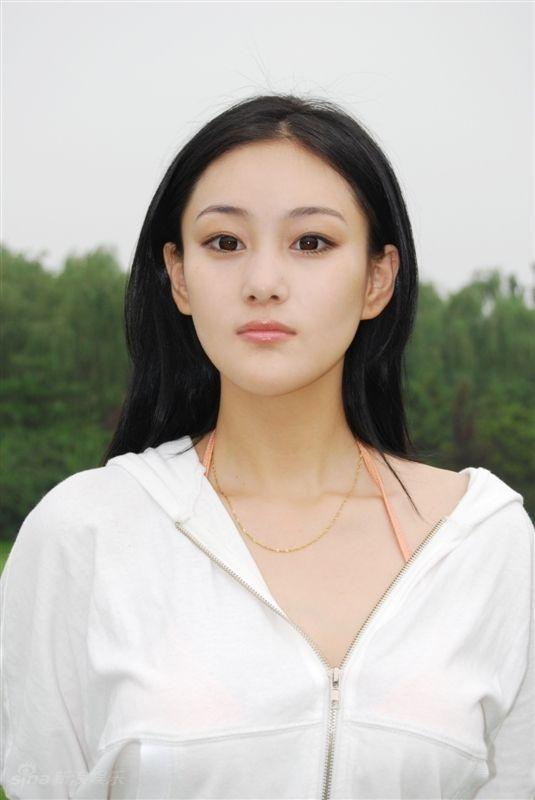 材料图片:演员张馨予稀彩写真(4)