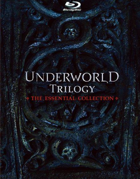 《黑夜传说三部曲:完美收藏版》蓝光封面