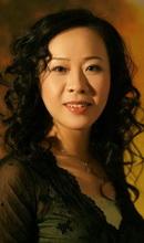 西施:张立萍女高音歌唱家,现任中央音乐学院声乐歌剧系主任,1990年留学加拿大温哥华音乐学院,1992年获表演艺术家文凭,2000年由加拿大回国。