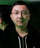 制作人-李东