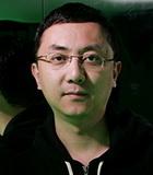 制作人 李东