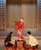 日本料理店还有舞蹈表演