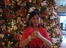 秦丽在圣诞树下