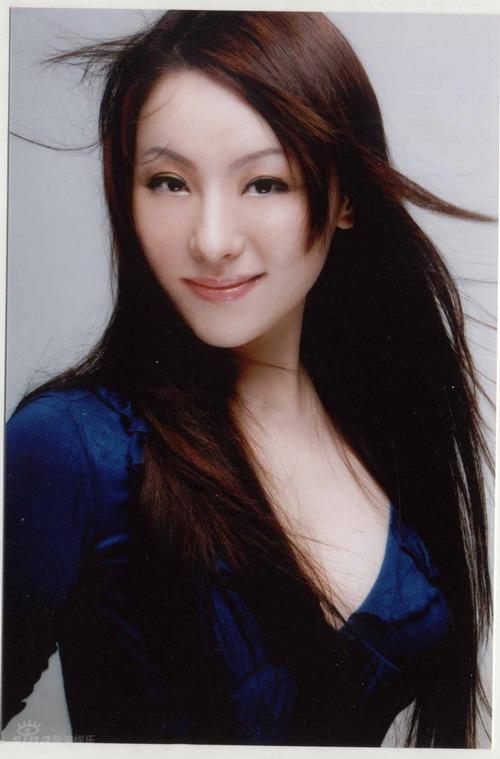 资料图片:《图兰朵》主创及演员-沈娜