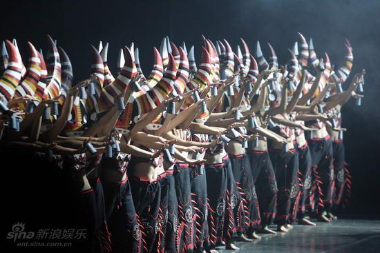 资料图片:杨丽萍《云南的响声》精美剧照(11)