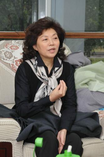 《弘一法师》连演6场主创安栋徐家华缅怀大师