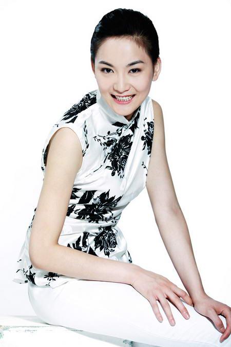 资料图片:国家话剧院女演员--刘星扬
