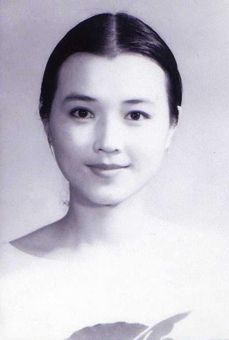资料图片:国家话剧院女演员--罗筐