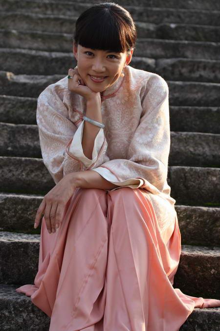 资料图片:国家话剧院女演员--马丽