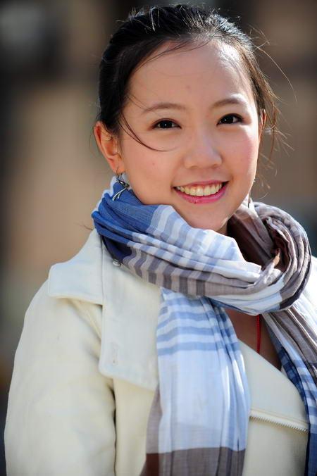 资料图片:国家话剧院女演员--汪�h