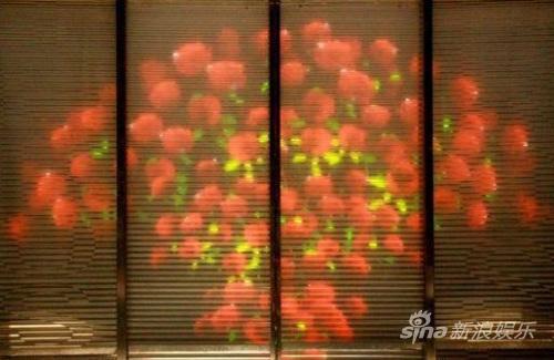 张爱玲上班出轨田沁鑫时尚版《玫瑰》物超所值