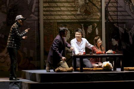 《饭-局》金秋北京上演首次说说吃饭那点事