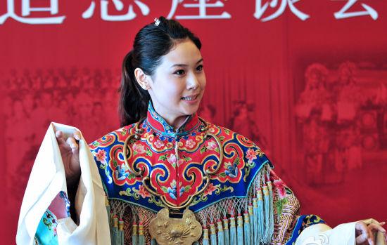 云燕铭的关门弟子白金演唱老师亲授的《打金枝》(孙觉非摄)