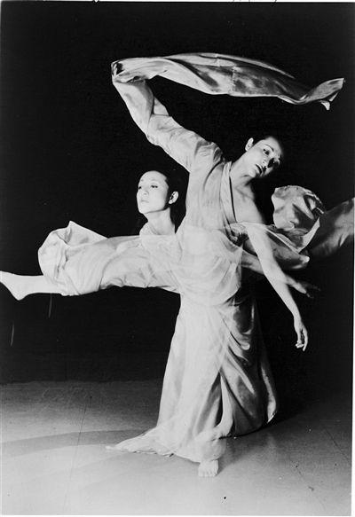 舞者江青:如现代舞一般的人生曲线 江青 现代舞 舞蹈