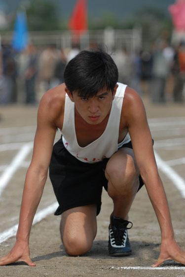 《一个人的奥林匹克》演员郭家铭赛场观战(图)