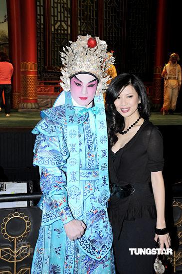 欧美人体艺术黄_吴家丽十年后再登香港演艺圈 罗家英人艺术指导