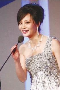 """特别孝顺母亲的五大华人明星(组图) - mashanjivip - 马善记的水煮""""娱"""""""