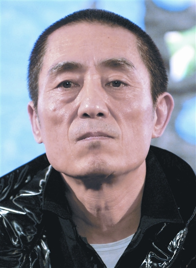 张艺谋到江城对话大学生学生提问张导眉开眼笑