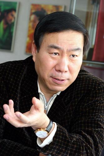 中影发言人反驳张伟平炮轰言论:不存在垄断