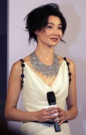 张曼玉再次现身华语片客串新戏《全城热恋》