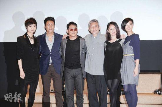 左起:李宇春、陈坤、李连杰、导演徐克、周迅及桂纶镁齐集澳门,为新片《龙门飞甲3D》宣传造势,希望票房有好成绩。