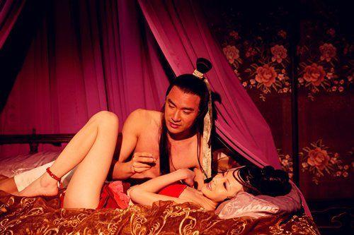 陈哈妮《白狐》床戏被疑真实弹|床戏|电影《白狐
