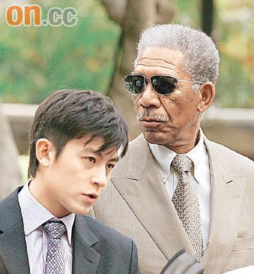 陈冠希客串《蝙蝠侠》与摩根-弗里曼斗戏(图)