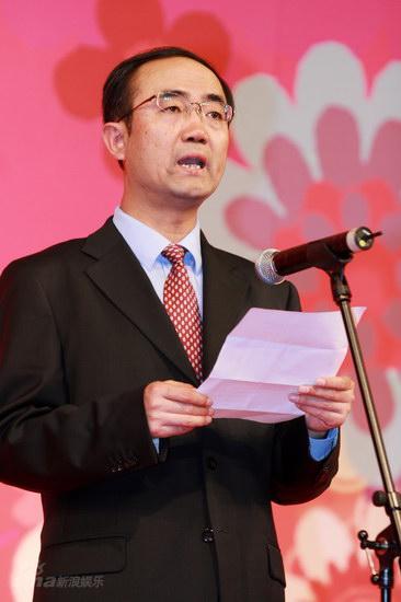 图文:大学生电影节--北京市广电局副局长李春良