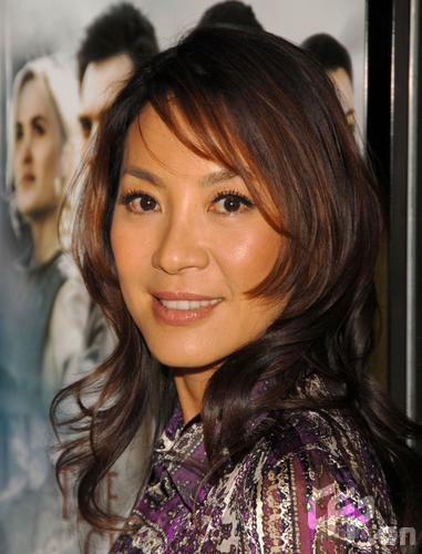 组图:杨紫琼出席《黄石的孩子》洛杉矶首映