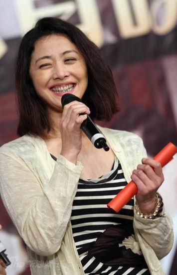 图文:《邓稼先》首映--刘蓓笑容灿烂
