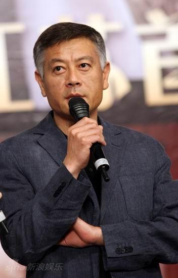 图文:《邓稼先》首映--主演巫刚发言