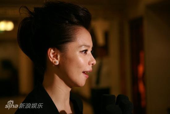 图文:华表奖庆功宴-徐若�u