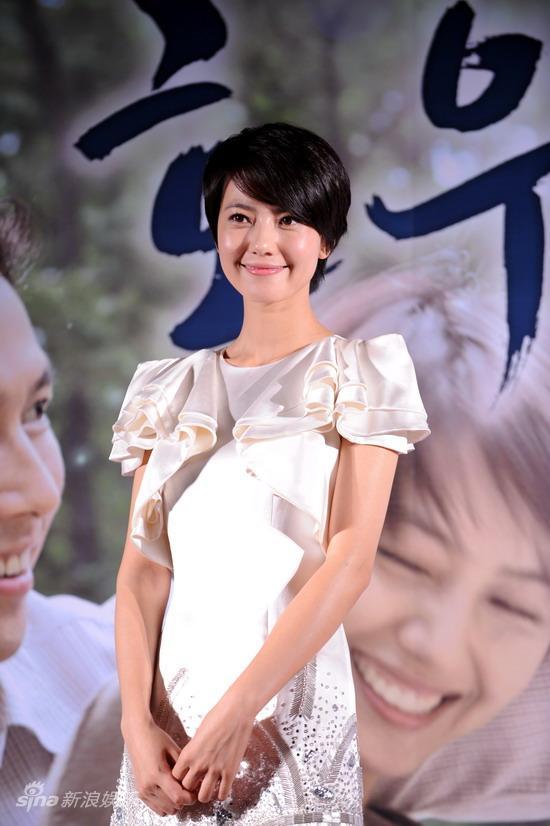 图文:《好雨时节》韩国宣传--高圆圆婉约动人