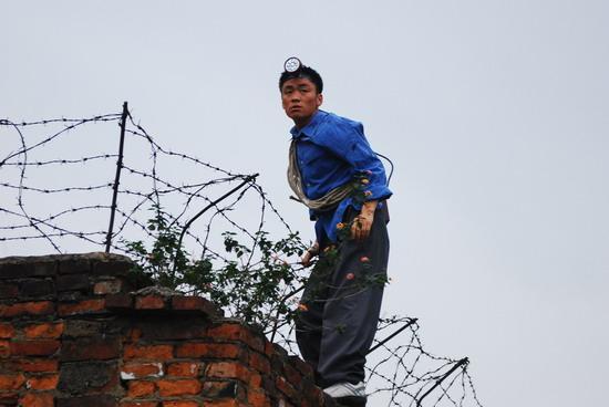 图文:《大有前途》剧照首发--王宝强收拾残局