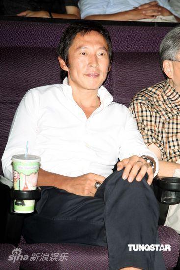 图文:图文:《大地震》台湾首映-钮承泽出席
