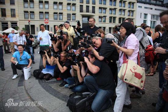图文:《IPhoneYou》-德国媒体众多