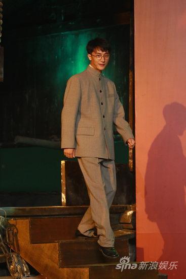 图文:《建党伟业》发布-黄轩饰演刘仁静