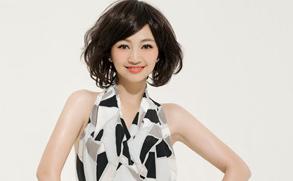 幻灯图:罗海琼2010全新写真 四种风格演绎魅力女人
