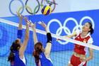 中国女排3比0横扫俄罗斯