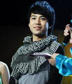 王超离开舞台