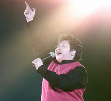 2002年韩红