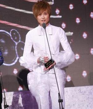 李宇春连续三年夺最受欢迎女歌手