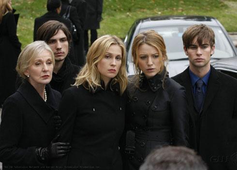 《八卦天后》S2EP13剧评:一个婚礼和一个葬礼