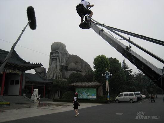 从《棒子老虎鸡》受关注谈中国电影新势力(图)