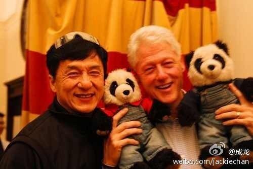 成龙与克林顿合影