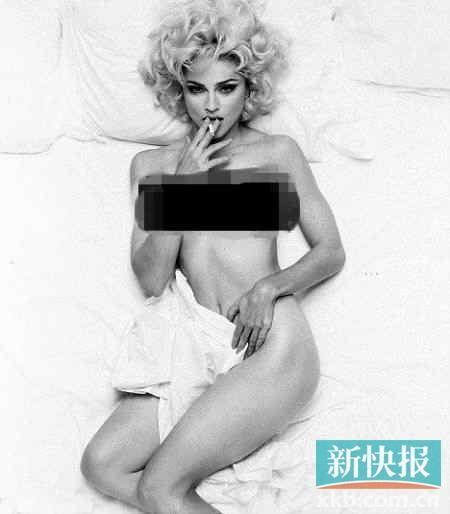 储物柜里面竟然有美国女星麦当娜未出版的性感裸照。
