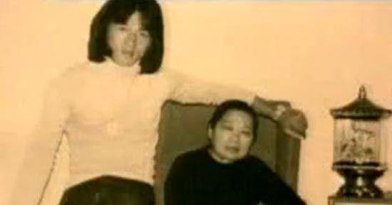 成龙与母亲